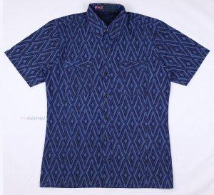 20013 เสื้อเชิ้ตม่อฮ่อมชาย พิมพ์ลาย แขนสั้น ลายสามเหลี่ยมคางหมู